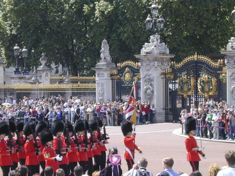 Buckingham Palace | 50 Free Things to do in London