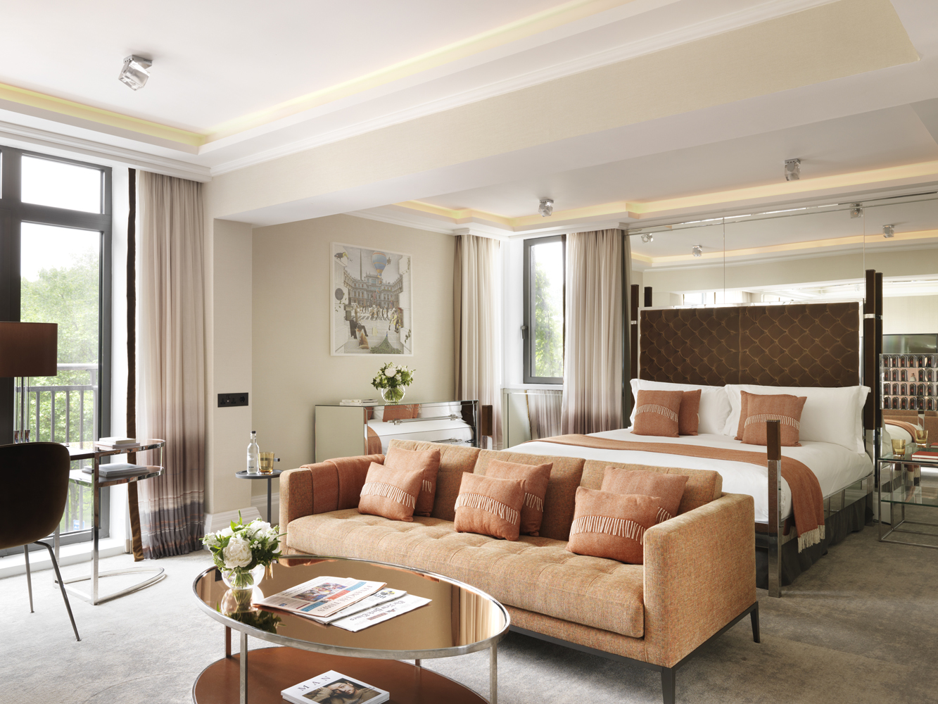 Luxury serviced accommodation in Green Park, London.