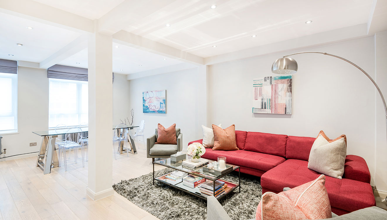 Beautiful living area at the Hyde Park Gate Apartments in Knightsbridge
