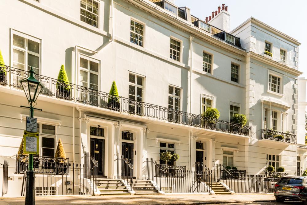 The affluent neighbourhoods of Knightsbridge and the Tiara Traingle